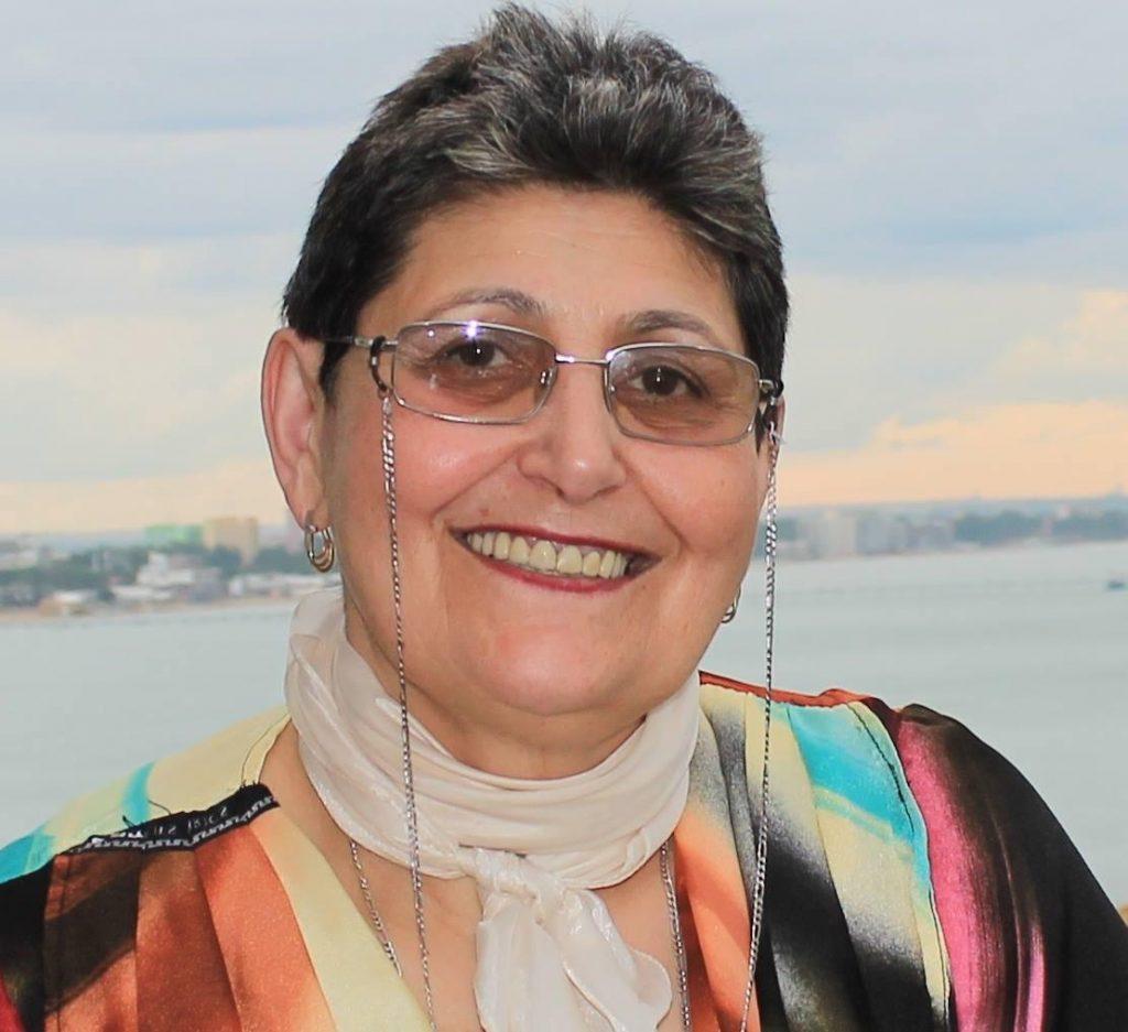 Prof. Univ. Dr. Elisabeta Chirilă